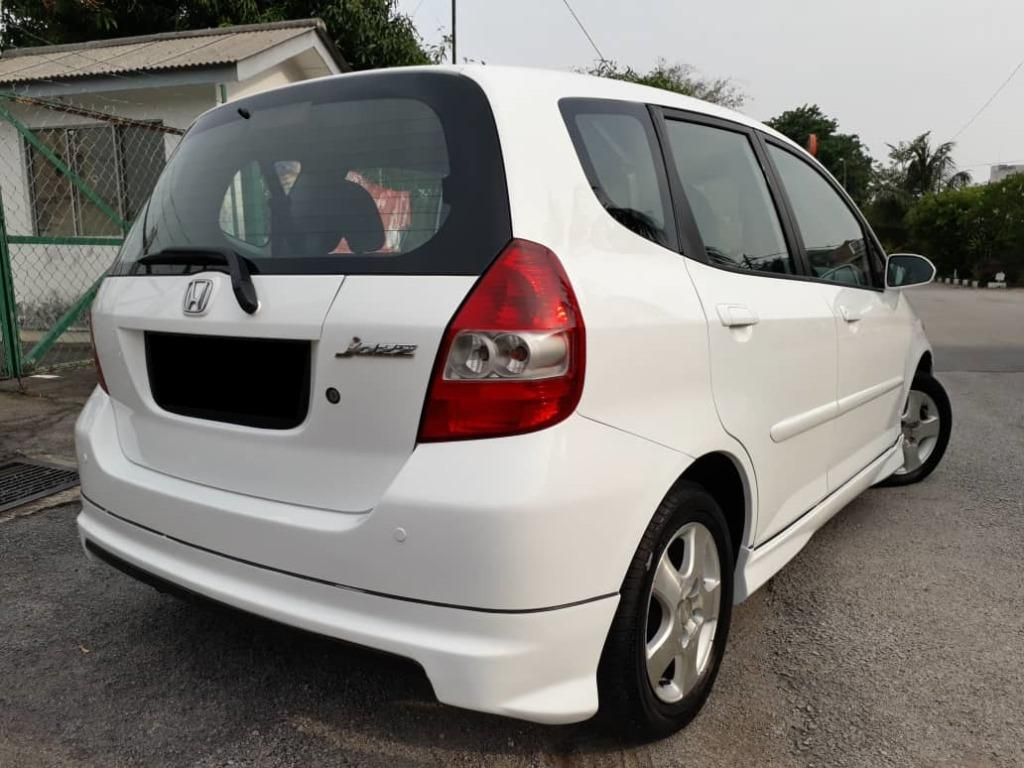 HONDA JAZZ 1.4 (A) IDSI KEPT WELL ACC FREE GOOD CONDITION.