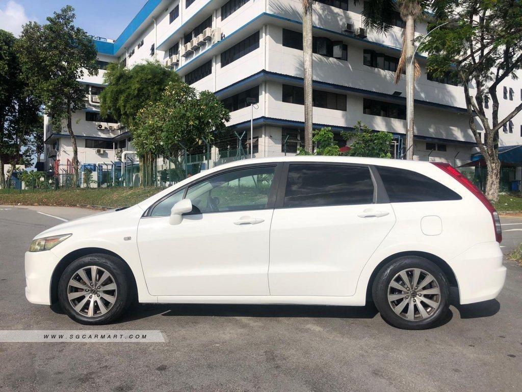 Honda Stream 1.8A For Rent!!
