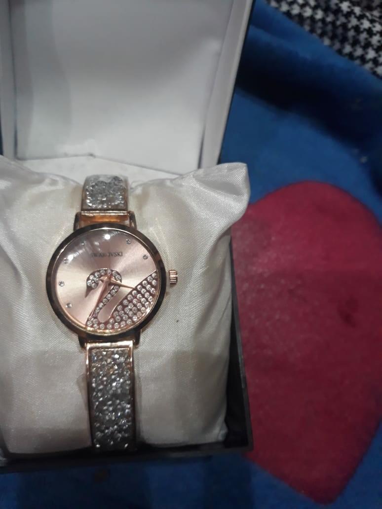 Jam tangan mewah swarovski,ready stok silver,gold,rose gold 100 rb free kotak & baterai cadangan