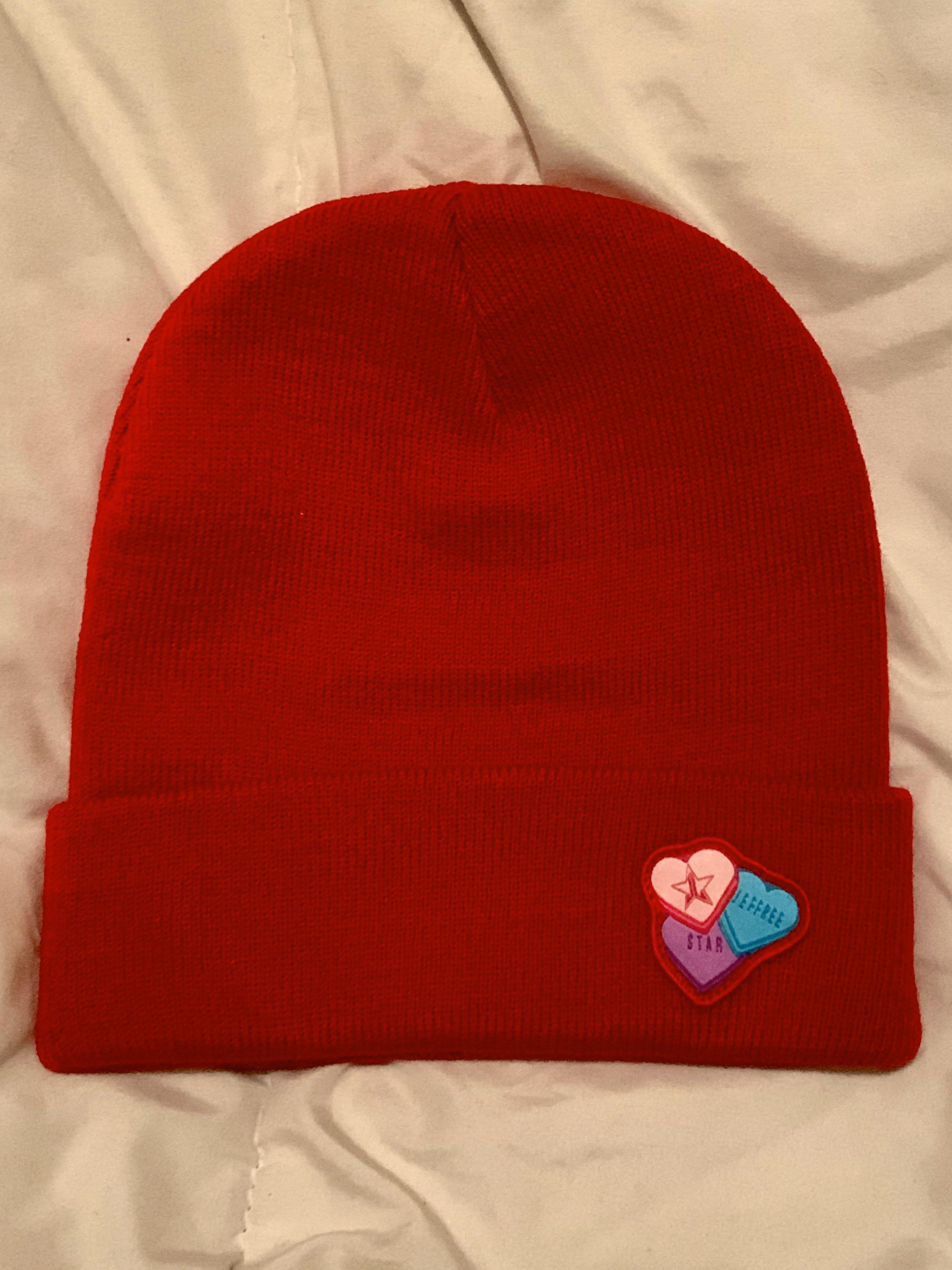 JEFFREE STAR COSMETICS EXCLUSIVE LIMITED EDITION TOQUE & POP SOCKET VALENTINES MYSTERY BOX 2020