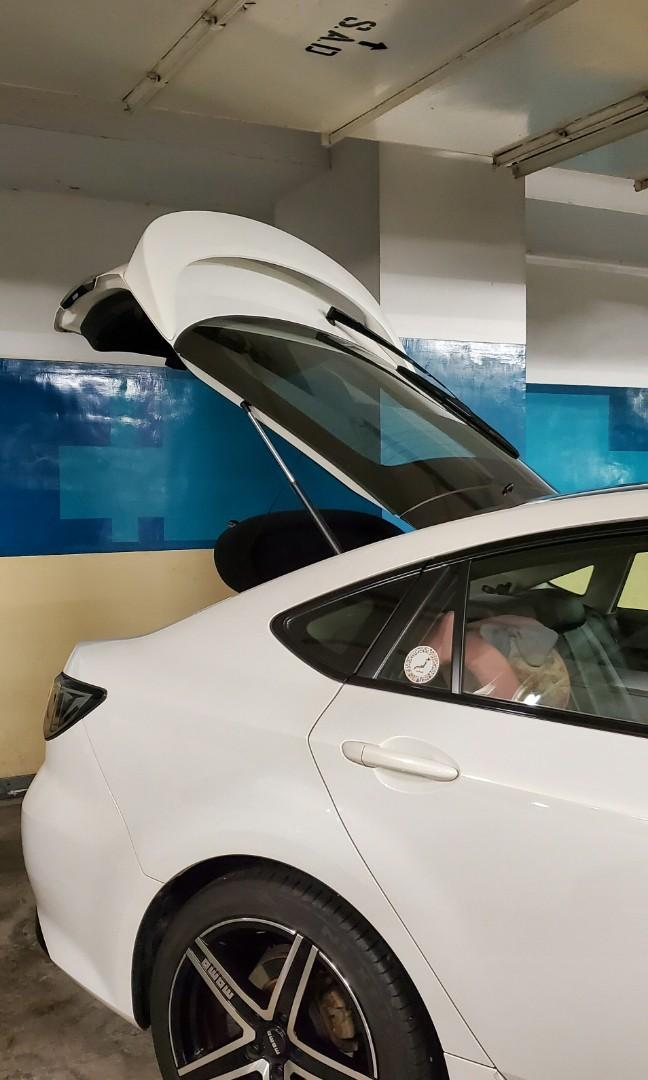 Mazda 6 Sportback 2.5 Auto