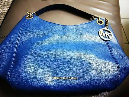 MK 深藍色包 (三層)
