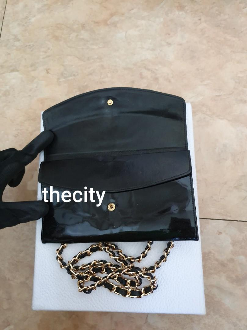 AUTHENTIC CHANEL SHINY BLACK PATENT LEATHER XL ORGANIZER POUCH/ WALLET - CC LOGO DESIGN - HOLOGRAM STICKER INTACT- CLEAN INTERIOR - GOLD HARDWARE- WITH EXTRA ADD HOOKS & LONG CHAIN STRAP