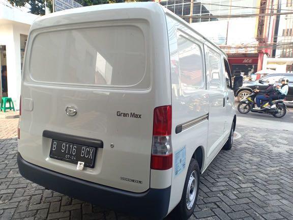 DP MURAH Daihatsu Granmax Blind Van mulai 12 jutaan.