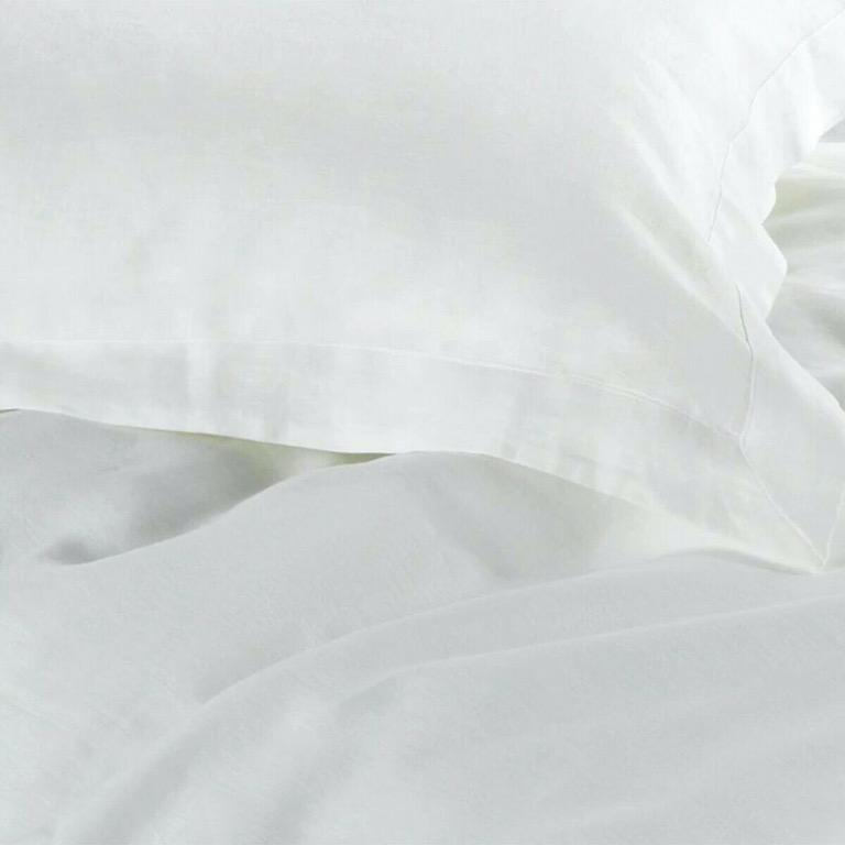 Sheridan Abbotson White Quilt Cover Tailored QUEEN
