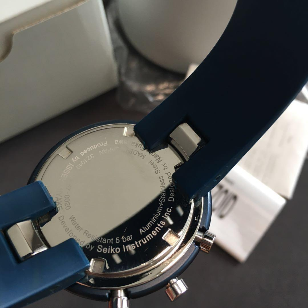 TRAPEZOID Issey Miyake seiko instruments designer watch by naoto fukasawa blue Color version second generation edition version men's fashion collectible watch unique japan