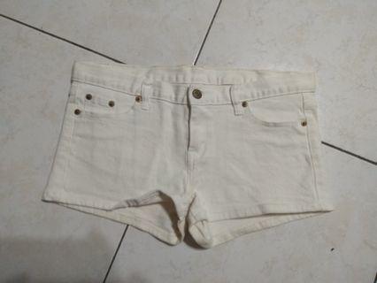 超熱情小短褲
