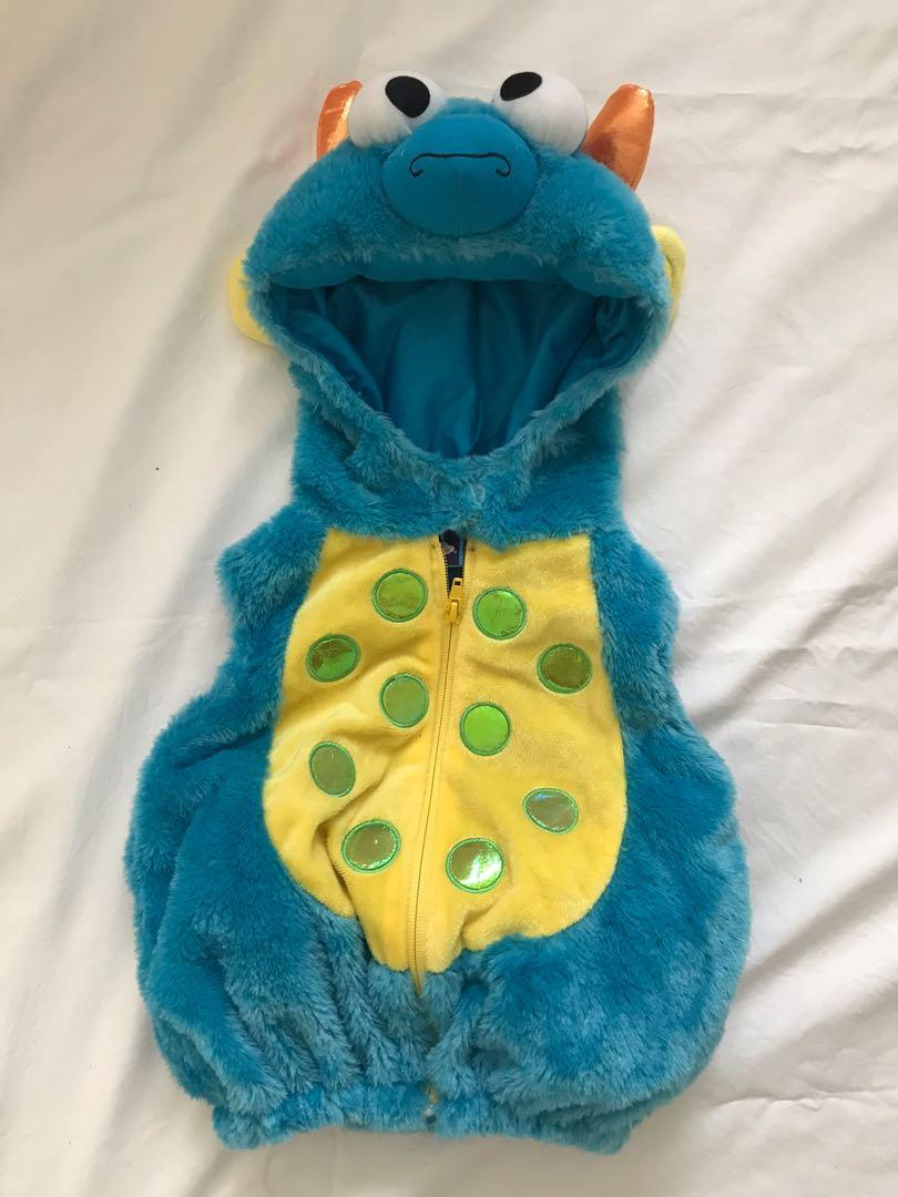EUC baby bunting suit/jacket/sleeper/bodysuit/clothing lot (6-12m, 18m) (total 25 items)