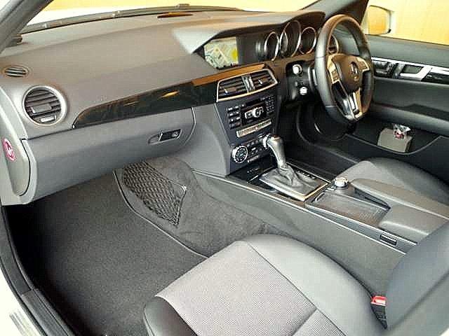 Mercedes-Benz C class (W204)(07-14) car mats.
