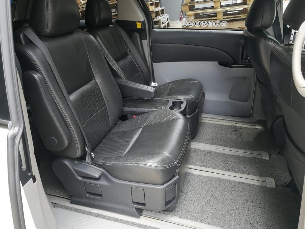 (PROMO DAILY $70 FOR PRIVATE  HIRER!! )TOYOTA ESTIMA  2.4A( 7 SEATER)