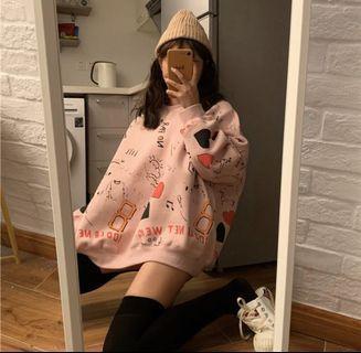 韓版時尚塗鴉滿版俏皮長袖上衣,大學T