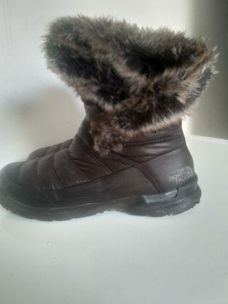 North Face Winter shoes