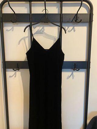 UNIQLO法蘭絨背心洋裝(黑色)