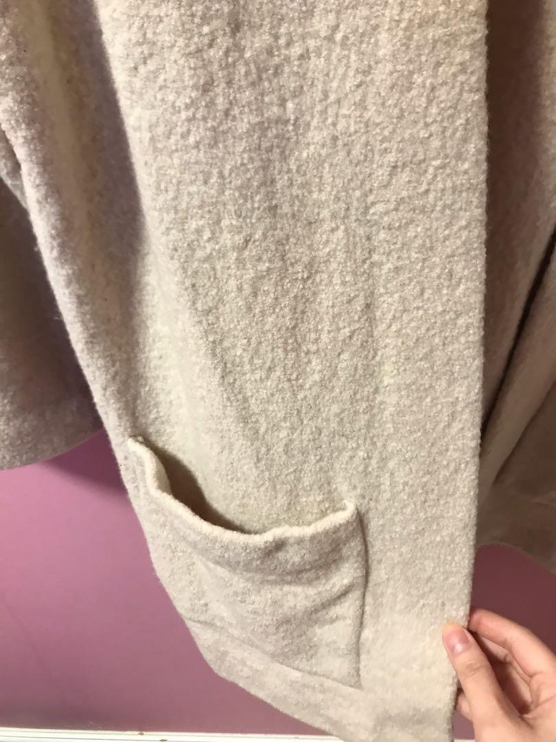 Aritzia Wilfred Brullon Sweater in Heather Bone Size Small