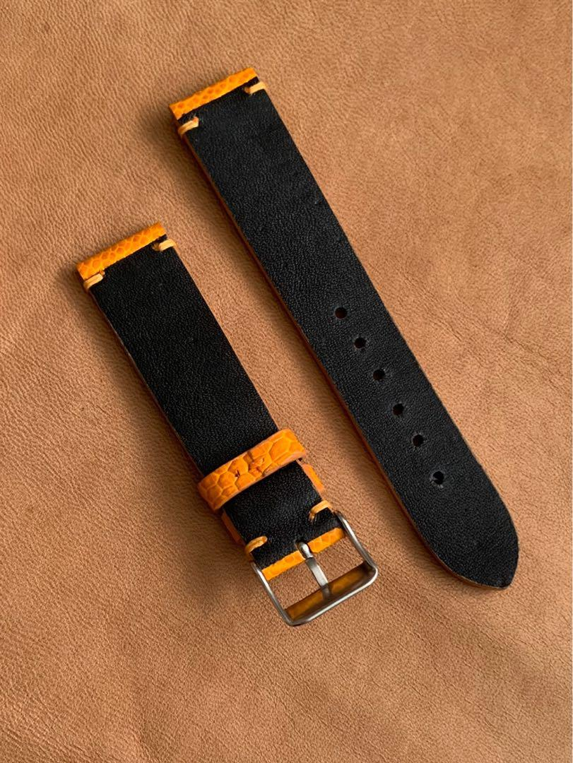 20mm/18mm Golden Gold Brown Ostrich Leg Watch Strap (only one piece, once sold, no more 😊) (True to colour) 20mm@lug/18mm@buckle      Standard length: L-120mm, S-75mm (looks great with grey dial, black dial, stainless steel, black PVD, gold watch)
