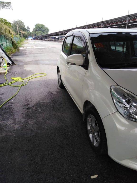 Perodua Myvi 1.3 auto ezi Best Compact Car Model Year 2012