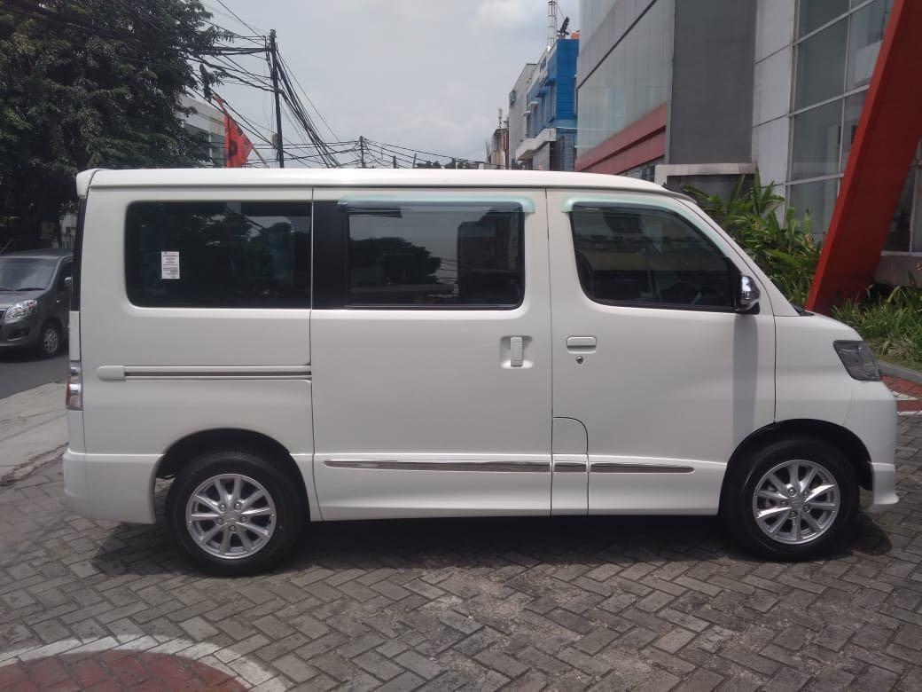 PROMO DP RINGAN Daihatsu Luxio mulai 15 jutaan. Daihatsu Pamulang