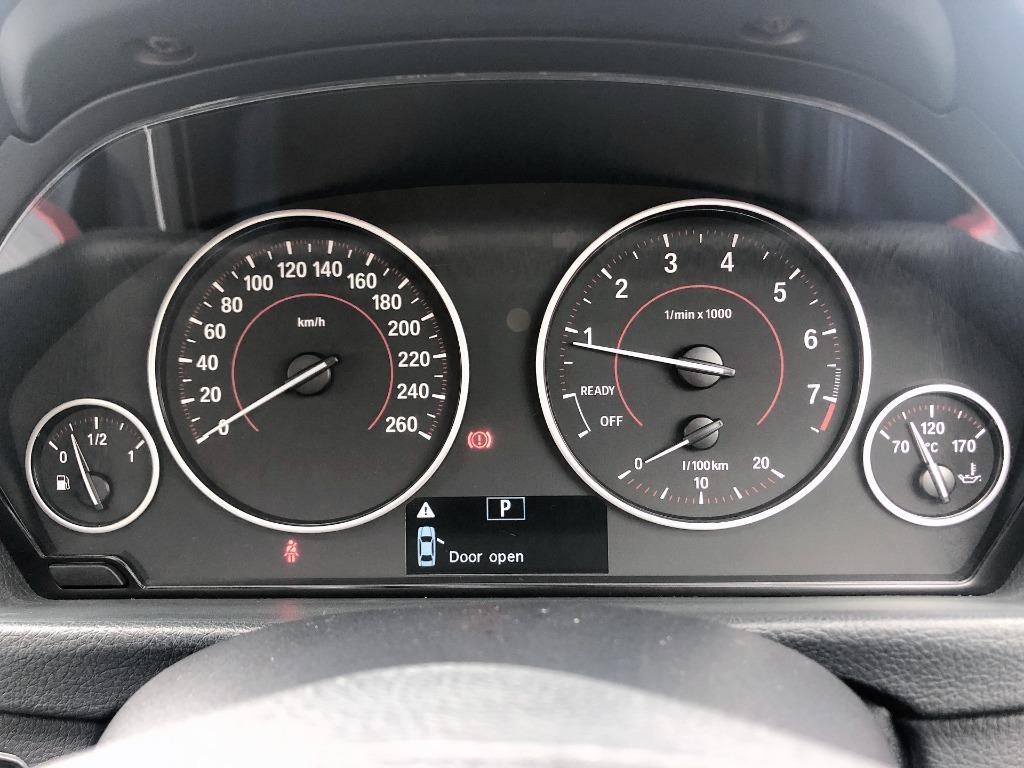 BMW    316IA 320iA 328iA SPORT F30   2014 Auto