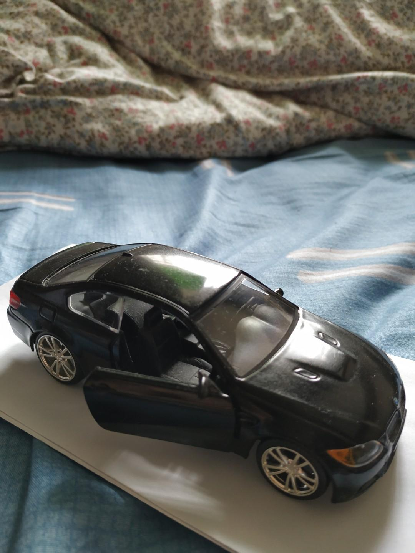 BMW M3 Sedan (A)