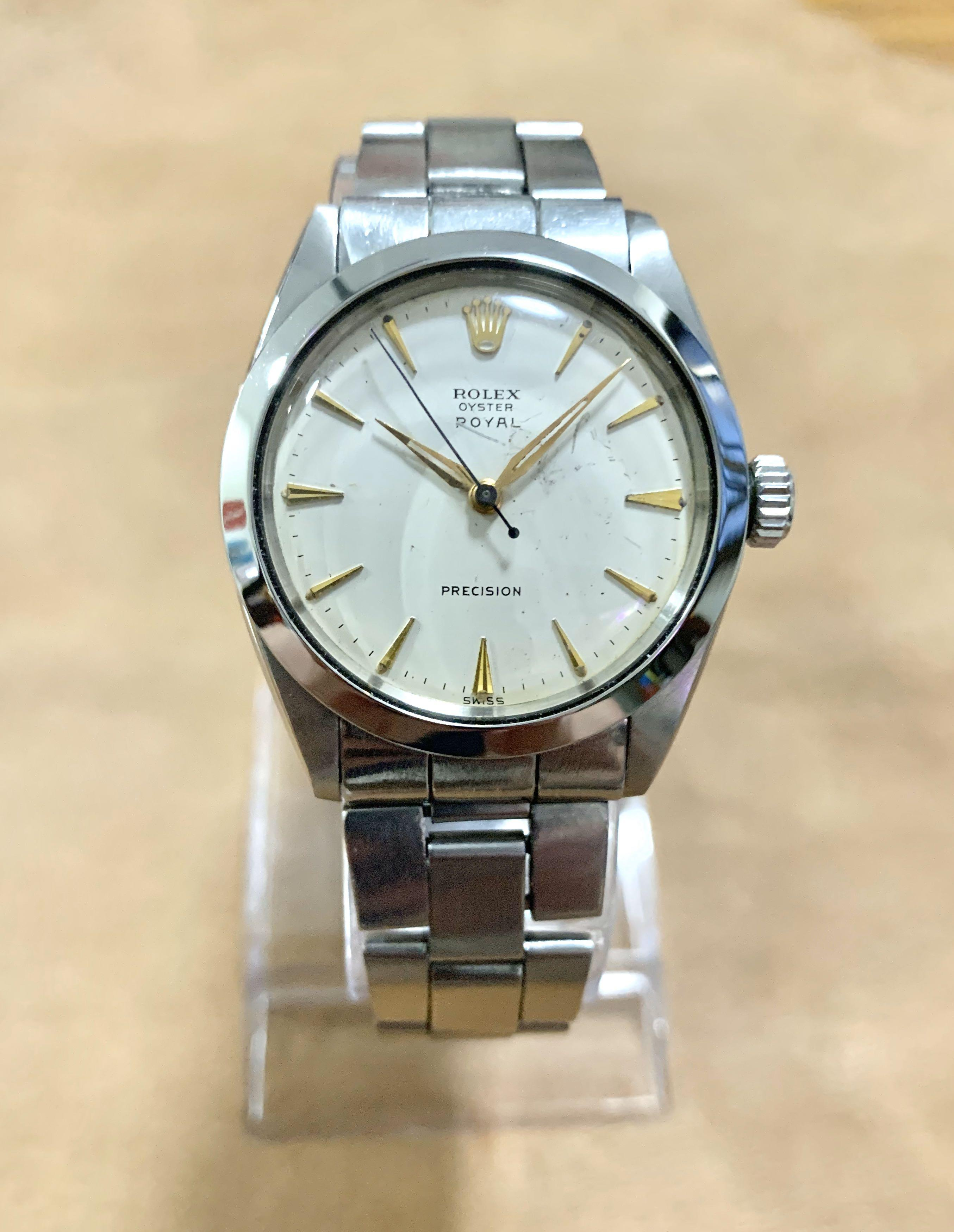 Authentic Very Rare Vintage Rolex 6427 Oyster Royal - 35mm diameter for ladies and men (with leather pouch and cloth) - natural cream off-white patina dial (highly collectible) (41mm lug-to-lug)👍🏻 NEGOTIABLE- make us an offer 👍🏻