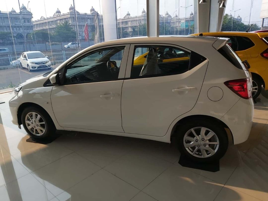 Honda all new Brio e cvt free jasa service 4 tahun hingga 50 rb km