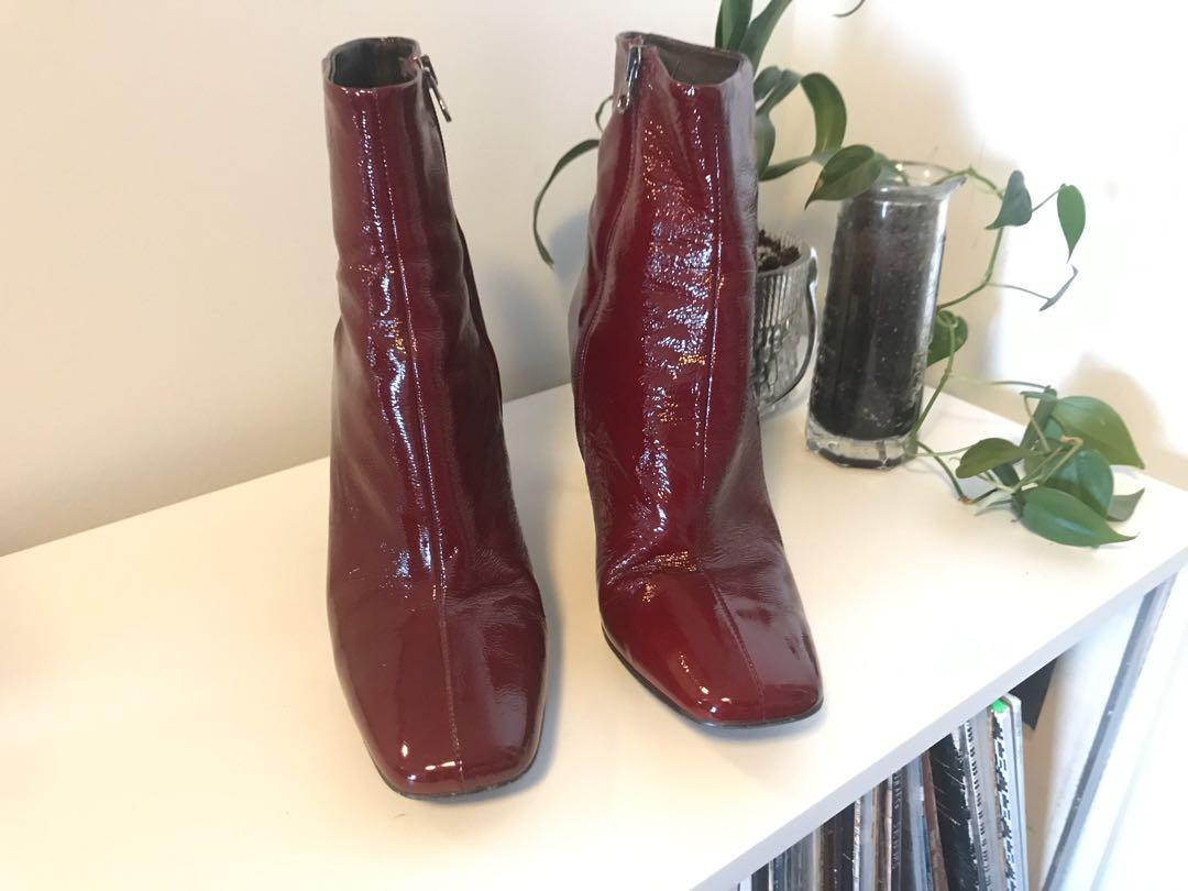 L'Intervalle patent leather oxblood ankle boots SIZE 41