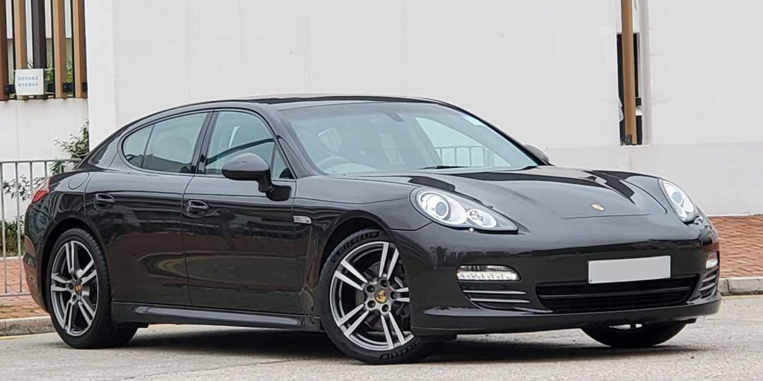 Porsche Panamera 4 Auto