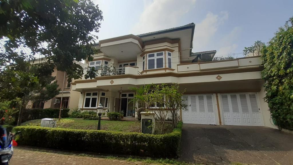 Rumah Mewah 2 Lantai Luas Dan Asri Ada Kolam Renang Pondok Labu Jakarta Selatan Properti Dijual Di Carousell
