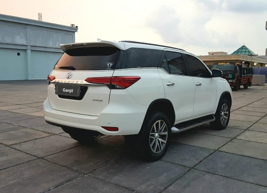 Toyota Fortuner VRZ 4x2 AT diesel 2016 dp 59.9 jt aja