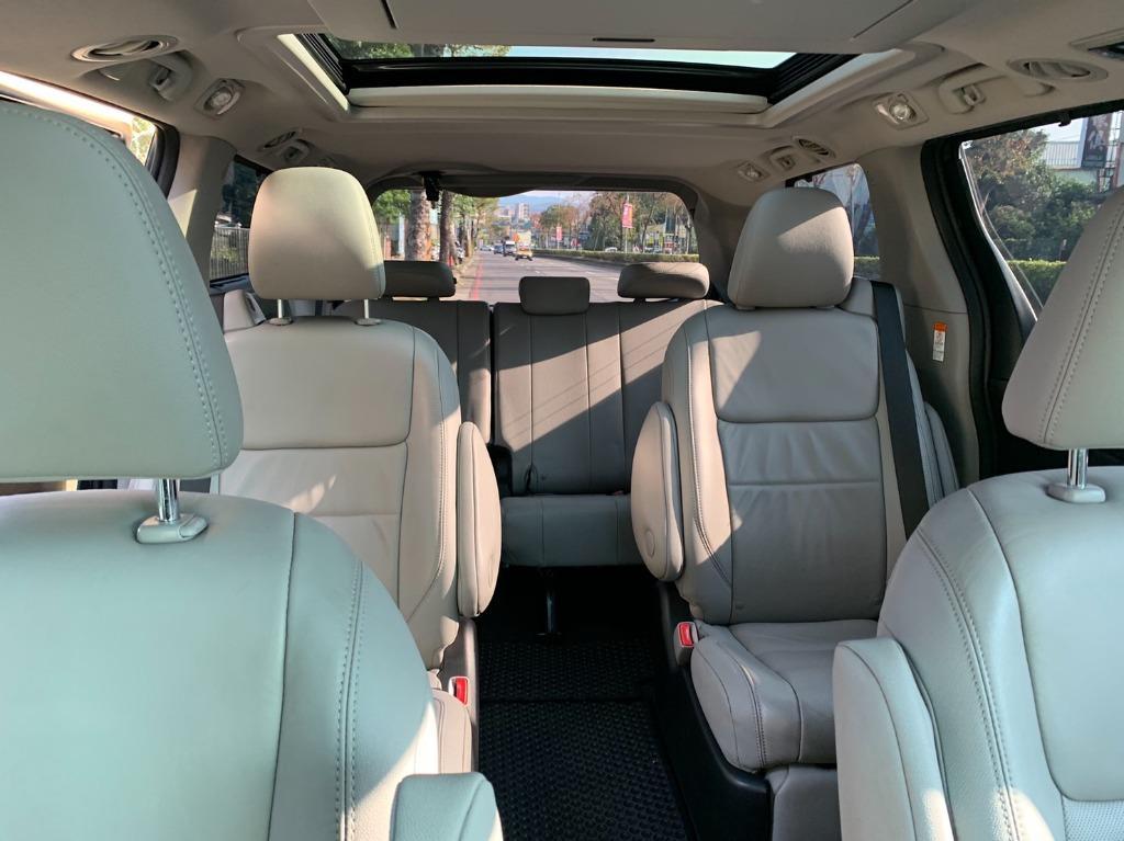 正2016年出廠 最新款Toyota Sienna Limited 3.5 最頂級雙天窗版本