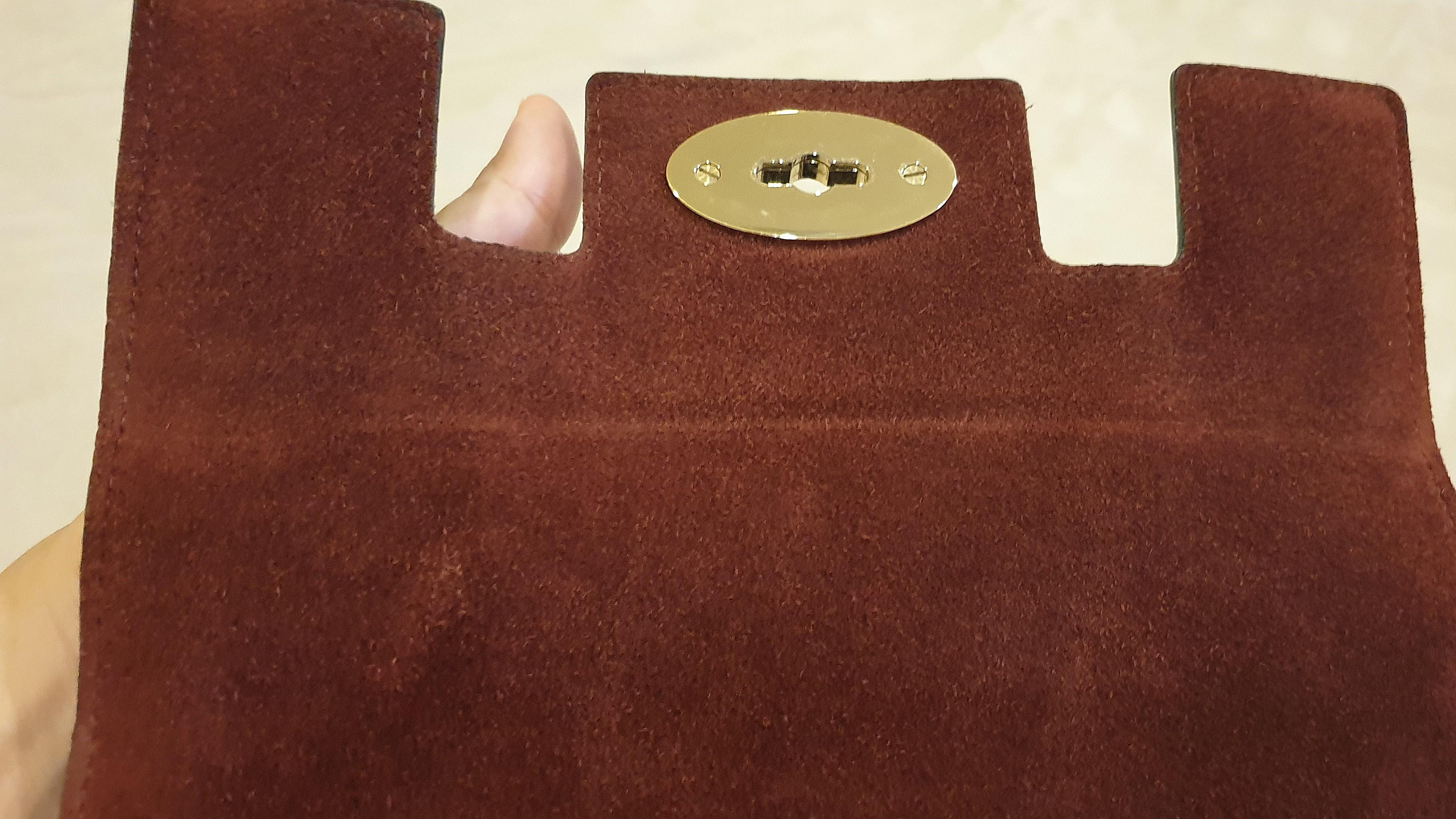 Mulberry Cara Delevingne Cameo Bag (Small) REDUCED PRICE FROM RM2,500 TO RM1,000. BOUGHT PRICE RM4,500.