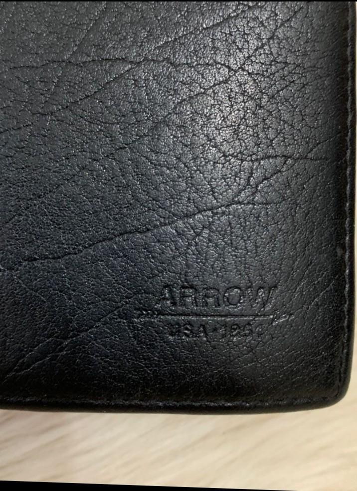 Passport Holder Arrow Mulus Banget Serbaguna bisa simpan uang, kartu kredit, passport dll