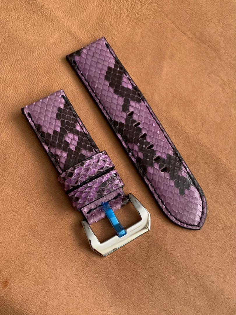 26mm/26mm Purple Black Python 🐍 Snake Watch Strap 26mm@lug/26mm@buckle (only one piece, once sold no more 😊) 26mm/26mm     Standard length: L-125mm, S-75mm