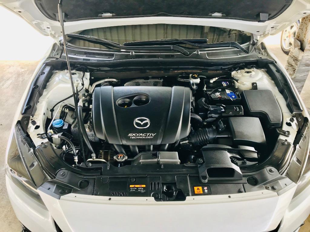 2017 Mazda 3 2.0 4D  日系帥男必備車款~