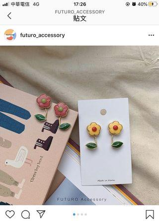 轉賣Futuro accessory 花朵耳環 夾式
