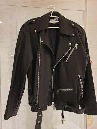 二手皮衣 M號版型偏大 尹世理 皮衣 外套