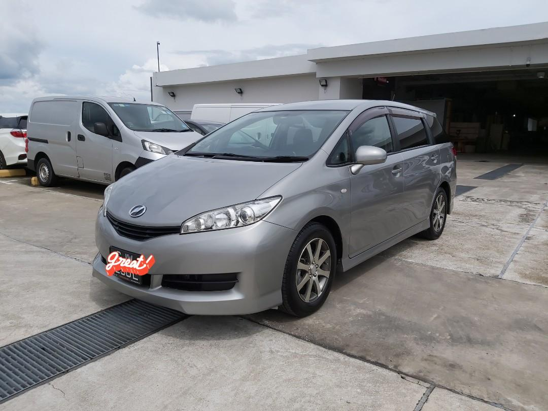 Toyota wish 1.8A 7 seater MPV for long short term lease rental