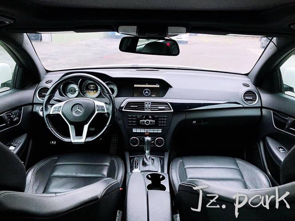 2012-Benz-C250-Amg
