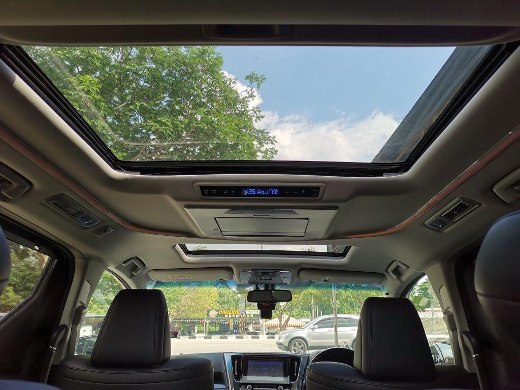 2016/17 Toyota Vellfire 2.5 ZG Pilot Seat Full Spec
