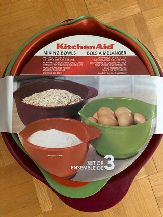 Kitchen Aid Set of 3 Mixing Bowls