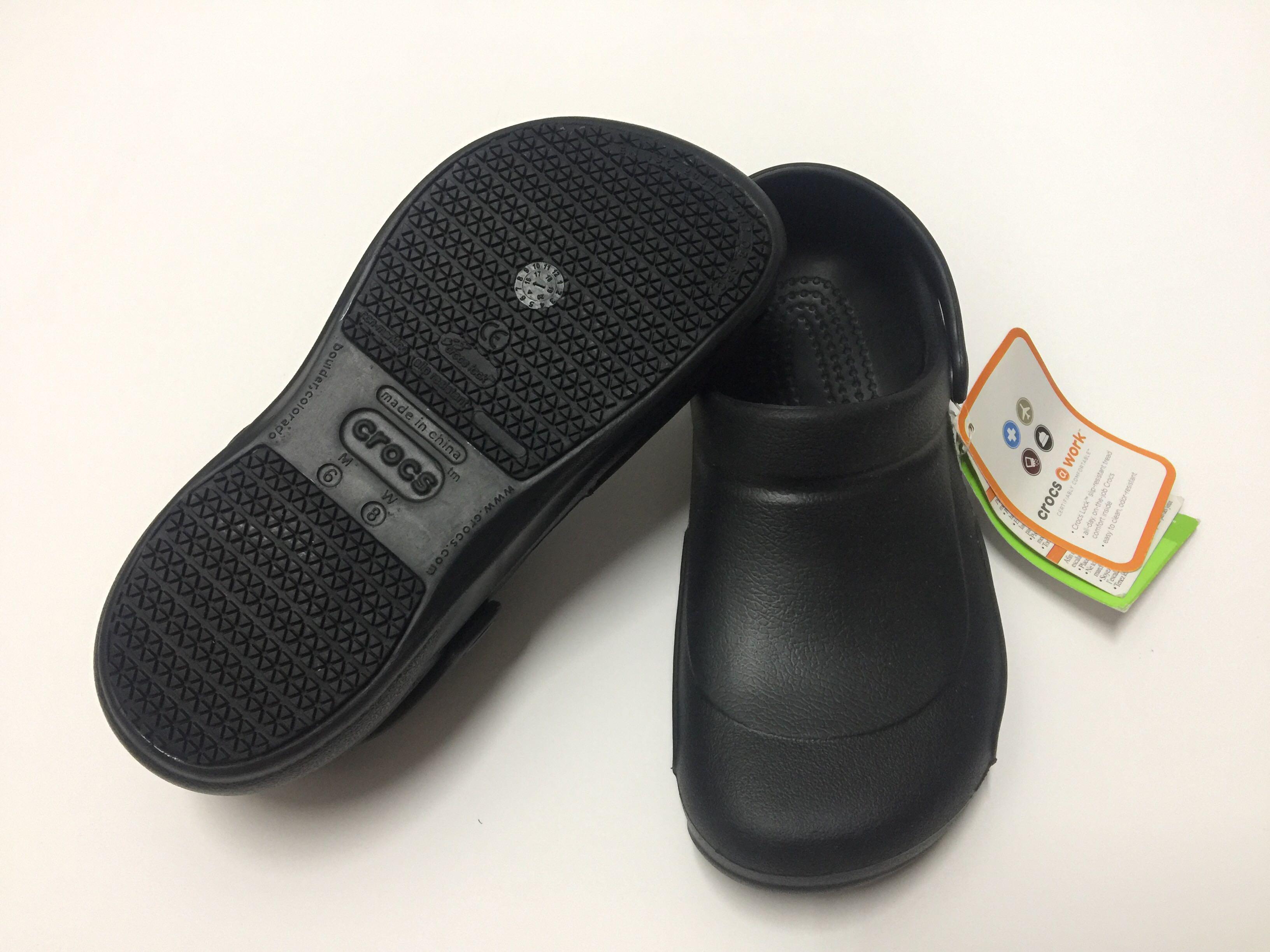 work shoes , crocs unisex bistro clog