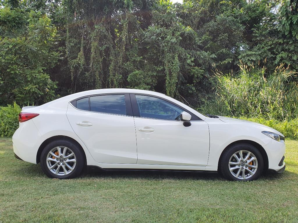 Mazda 3 1.5 6AT Sunroof Auto