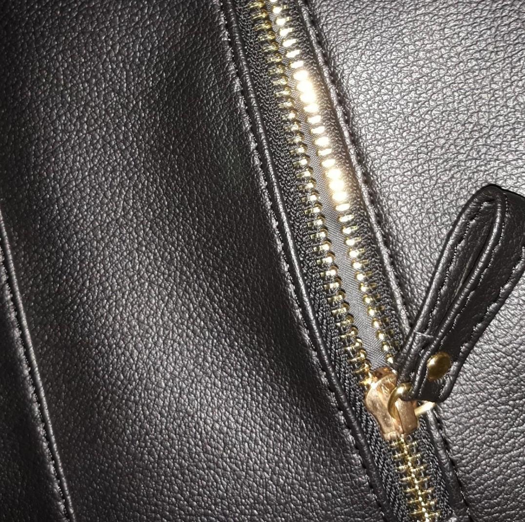NEW!!! Black Leather Bag Tas Selempang Kulit Sintetis Hitam Premium Local Brand Lokal Sling Bag
