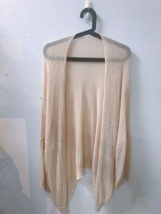 杏色長版落肩秋季感薄針織罩衫外套