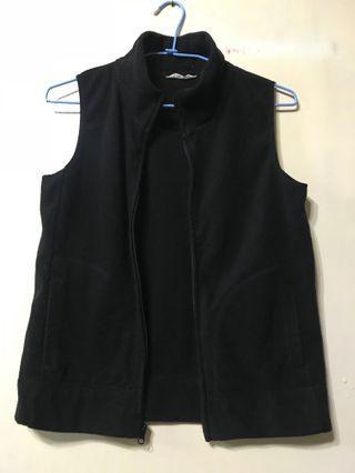 黑色背心外套