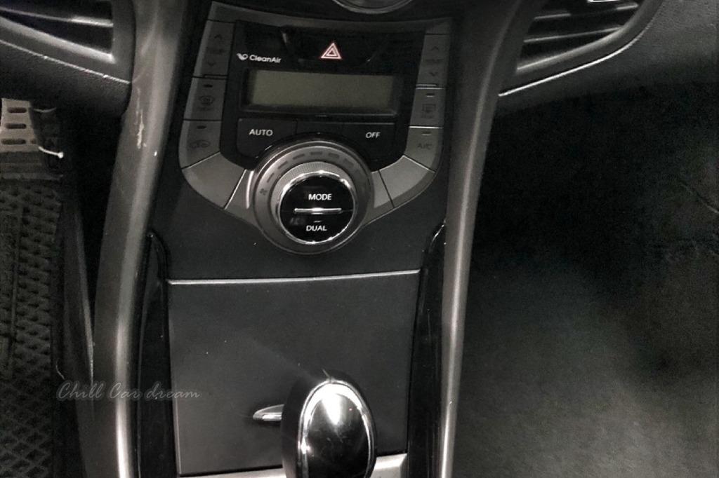 2012年 現代 ELANTRA (賞車加賴 la891121)