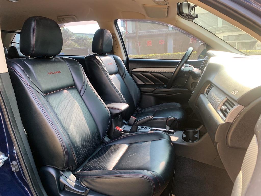 正2017年 Mitsubishi Outlander 2.4 頂級免鑰匙 SUM全省保固一年兩萬公里