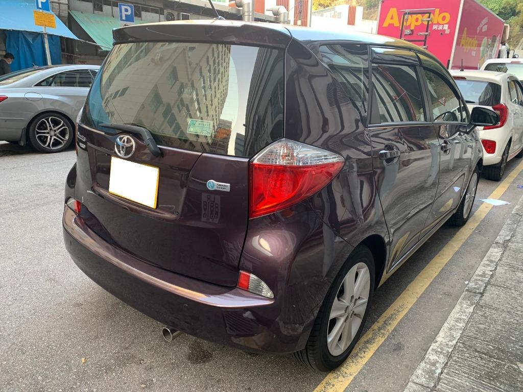 Toyota Ractis Verso Auto