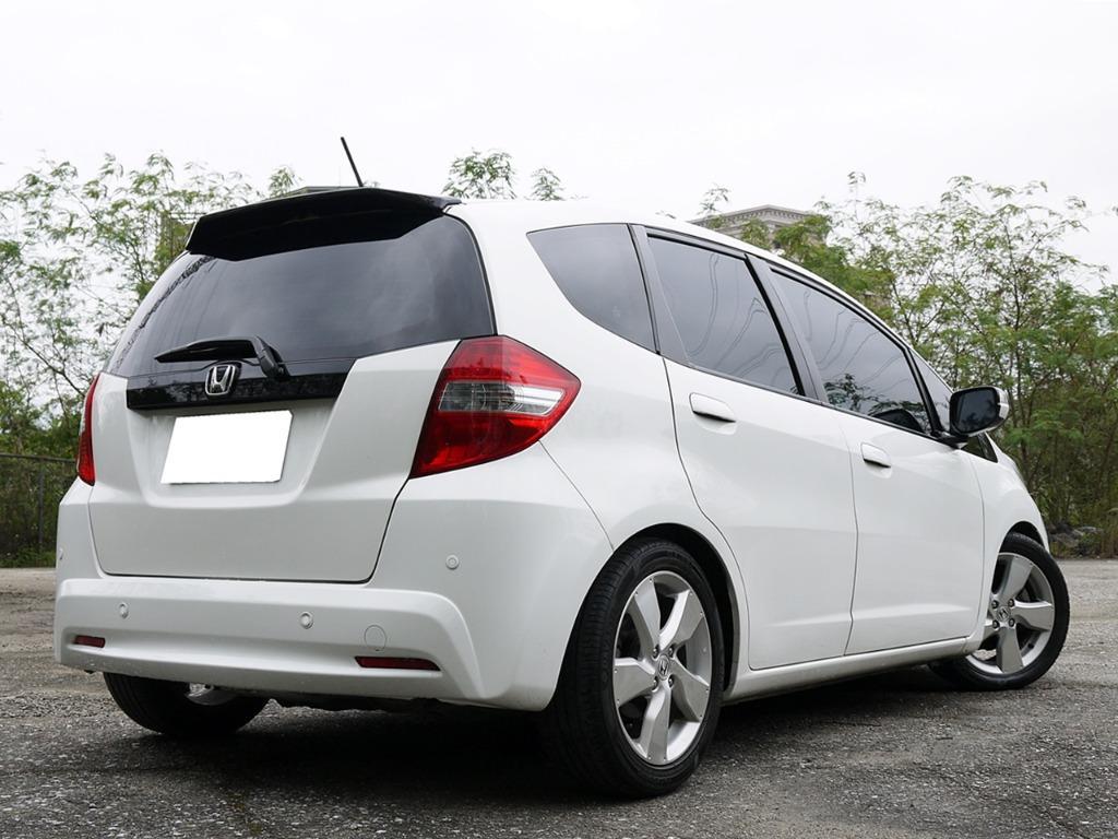 全額貸款-2013年 FIT 1.5頂級 VTI-S 一手車 已認證完畢 里程10萬保證