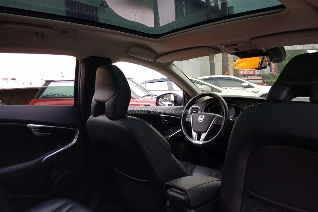 2013年 volvo v40 (賞車加賴 la891121)